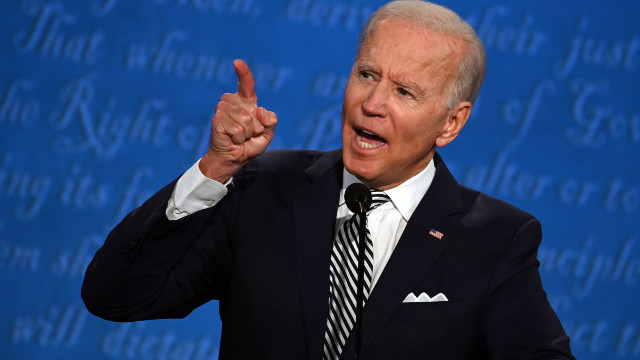 Biden Issues Order For Govt To Purchase Carbon-Free Power And Electric Cars With New Executive Order