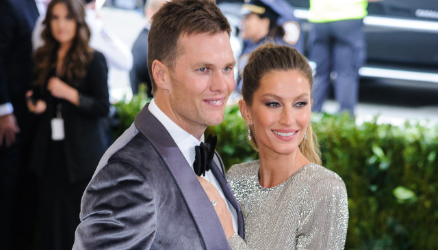 Columnist Says Legendary QB Tom Brady Has 'White Privilege;' Claims He's Received 'Undeserved Pass' For Supporting Trump