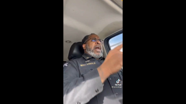 Black Police Officer Gives Powerful Look Into How Police Feel As Americans Continue To Demonize Them